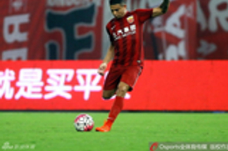 埃神:下赛季想拿中超金靴+冠军 我的未来在中国