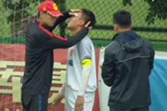 恒大杯组委会宣布对施暴者禁赛 并通报越南足协