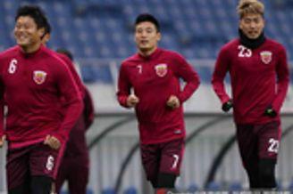 时隔10年上海足球再遭遇浦和 碰撞红魔无需低头