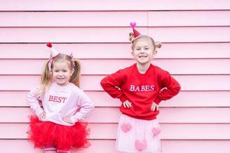 摄影博主为孩子们拍摄粉色写真