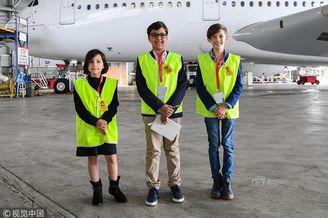 10岁男孩建航空公司已达成协议