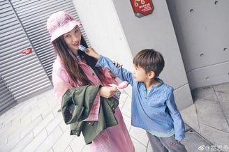 """5岁嗯哼被指""""神复制""""杜江"""