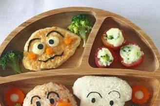 日本麻麻每天为儿子准备营养餐