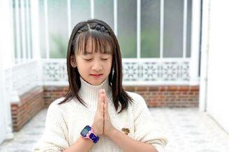 田亮叶一茜为女儿庆祝生日
