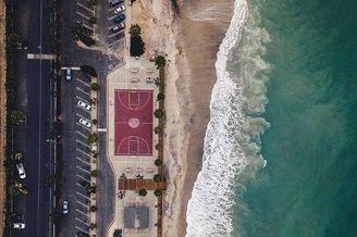 全世界最美的9个海边篮球场