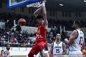 世预赛:中国62-86约旦