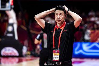 李楠申请辞去男篮主教练职务