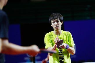林高远备战乒乓球亚锦赛