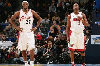 NBA最特别CP!詹韦9个爱情故事