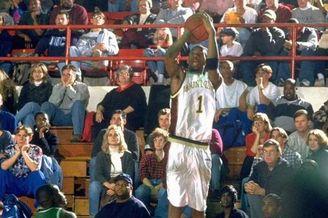 麦蒂高中时期赛场彩色高清写真