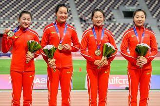 亚锦赛中国女队4X100接力夺冠