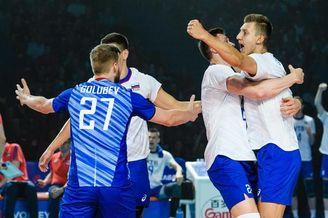 世联俄罗斯男排胜美国卫冕成功