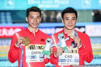 男双10米台颁奖仪式