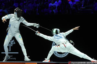 世锦赛女重林声获得银牌