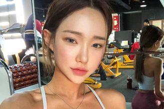 美女模特坚持健身受热捧