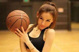 厦门美女化身篮球宝贝