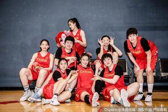 中国女篮拜年写真