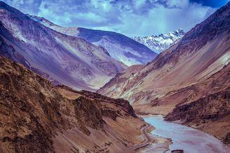 20张山谷间的绝美视角 登高望远的人生巅峰