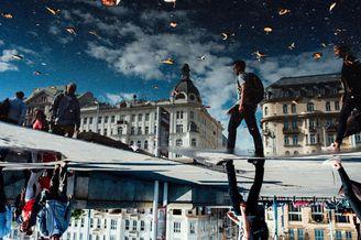奇趣视角展示繁忙的街头 色彩浓郁的街头摄影