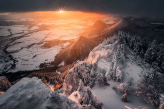 雪是冬日的魔法师 山谷中的唯美景致