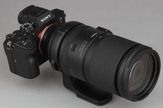 手持超长焦 腾龙150-500mm F/5-6.7 Di III VC VXD外观实拍