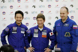 日本富豪12月将飞往太空旅行