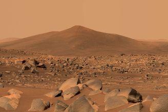 毅力号传回火星山丘照片