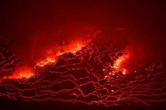 """刚果火山喷发宛如""""人间炼狱"""""""