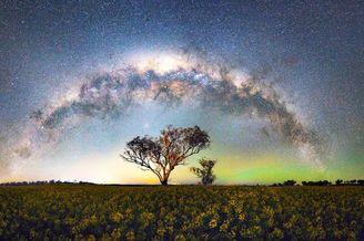 仰望世界各地最美星空