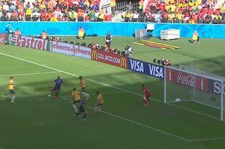 视频-荷兰补时再失良机 替补锋将突袭施射被扑
