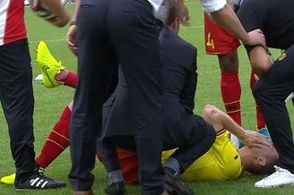视频-赛前训练维尔马伦意外受伤 无大碍坚持首发