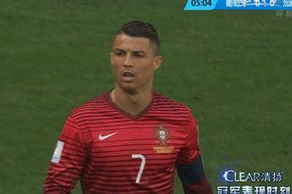 视频-C罗似传似射砸中横梁 错失首球门将已投降