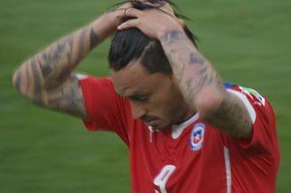 视频-智利替补锋霸错失首点 塞萨尔轻松拒之门外