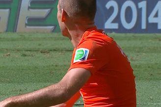 视频-荷兰补时双王齐发 罗本突破禁区遭双鬼拍门