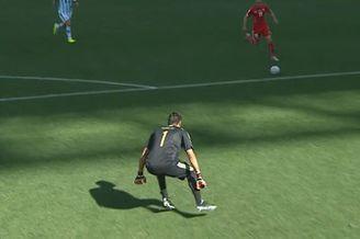 视频-瑞士反击获绝妙单刀 门将犹豫不出击收奇效