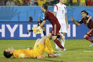 视频集锦-门将黄油手+混战迅速扳平 俄罗斯1-1韩国