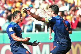 视频集锦-小将传射罗本范佩西建功 荷兰3-2逆转袋鼠