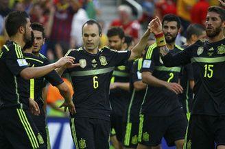 视频集锦-比利亚脚后跟T9破门 马塔穿裆西班牙3-0