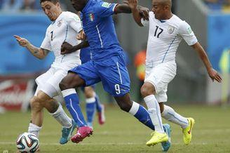 视频录播-世界杯D组末轮 意大利VS乌拉圭上半场