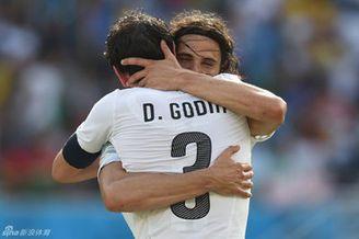 视频录播-世界杯D组末轮 意大利VS乌拉圭下半场