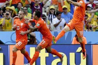视频-第17比赛日全景回顾 荷兰神逆转&黑马点杀
