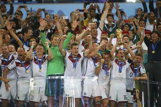 视频-第25比赛日全景回顾 格策绝杀德国四度加冕