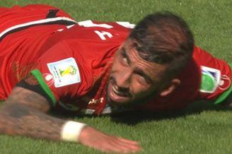 视频-悍将力压萨巴莱塔头槌 门将超神单掌救阿根廷