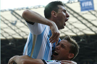 世界杯-梅西补时世界波绝杀 阿根廷1-0胜伊朗出线