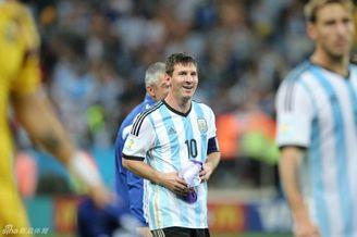 谈梅西在足球的历史地位 算球王吗?比之大罗如何