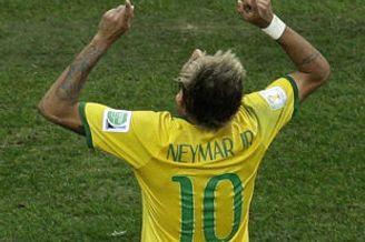 世界杯-内马尔两球 巴西4-1喀麦隆夺头名避开荷兰