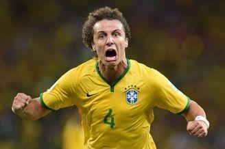 巴西绝世狂人砍出小罗级妖刀 脸吼歪了又何妨(图)