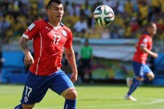 内斯塔点世界杯最佳中卫 智利猎犬或加盟同城死敌