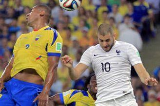 世界杯-法国逃红牌0-0头名出线 10人厄瓜多尔出局