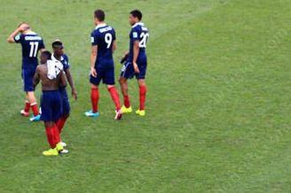 德尚:法国和德国差距不大 出局不遗憾 输球全因一点